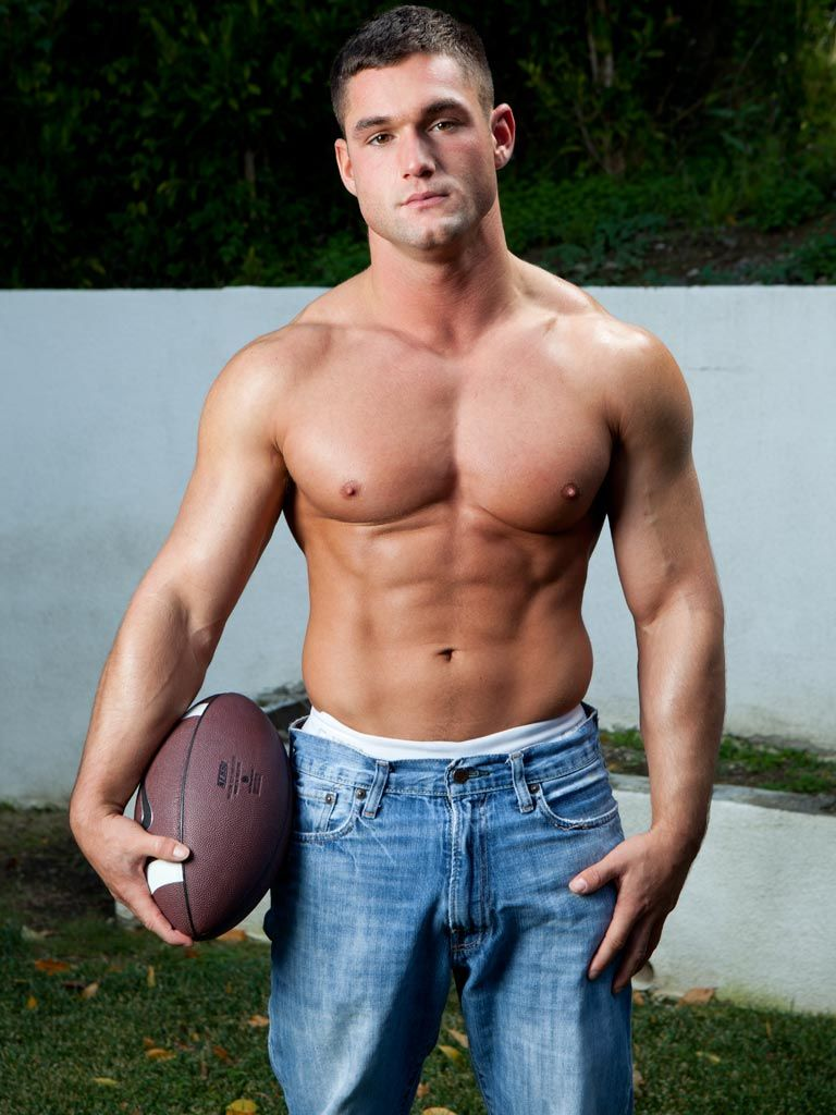 gay Nude sports