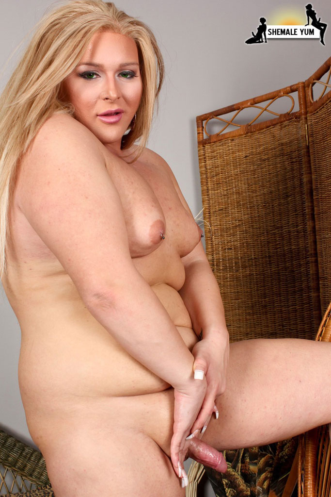 gallery Blond shemale
