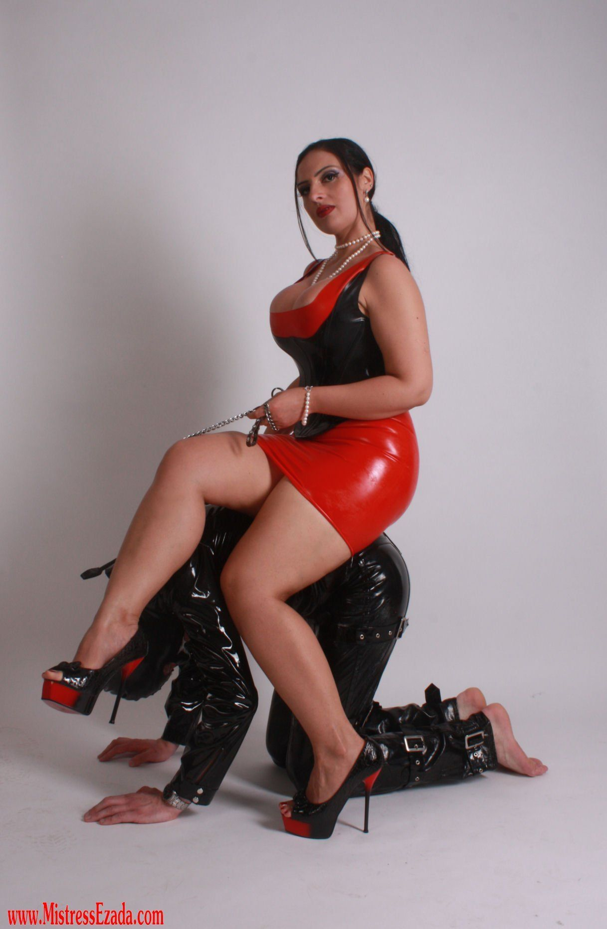 Shemale training trained collar slave heels