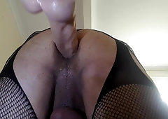 Black tranny jerking off