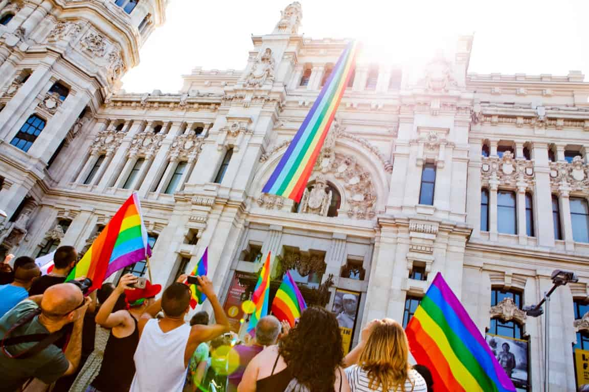 tours Gay group