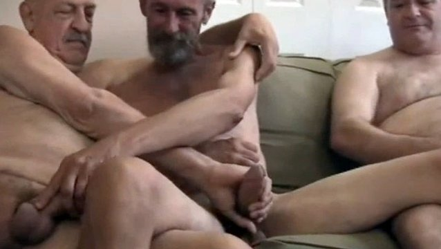 Porn pic Sexy shemale stroking